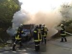 Fahrzeugbrand Nähe Ratzersdorf_1