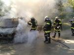Fahrzeugbrand Nähe Ratzersdorf_3